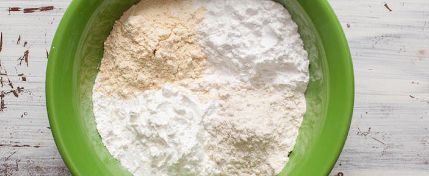 Sorghum baking flour