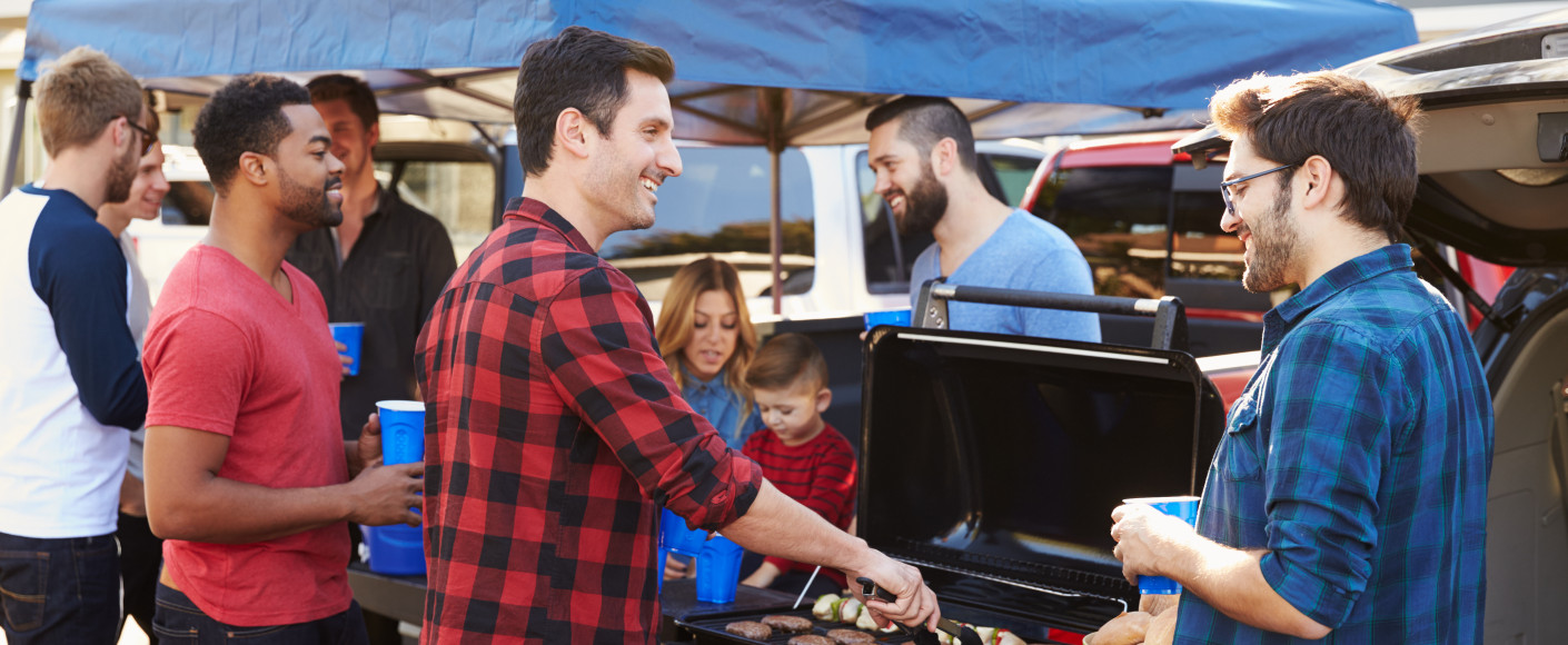Best Tailgating Recipes and Tips