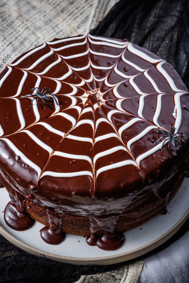 Chocolate spider web cake
