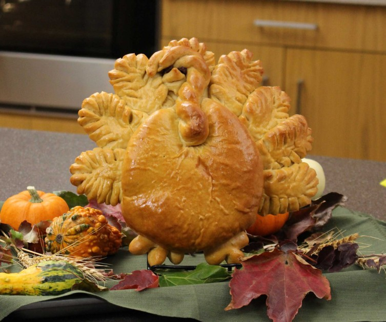 Tom Turkey Bread Centerpiece