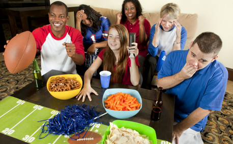 Tips to Throw a Great Super Bowl Party